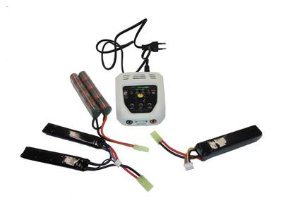 A2Pro Chargeur multifonctions (NiMH, LiFe, LiPo)
